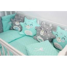 """Комплект в кроватку для новорожденного с бортиками-игрушками """"Котики"""" byTwinz"""