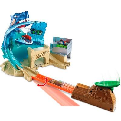 """Mattel Hot Wheels FNB21 Хот Вилс Сити Игровой набор """"Схватка с акулой"""""""